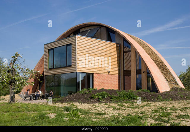 Crossway stock photos crossway stock images alamy for Carbon neutral home designs