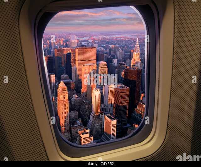 USA - NEW YORK: Manhattan seen from the air - Stock Image