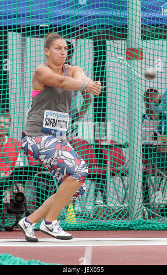 Czech Katerina Safrankova competes during the women's hammer throw of Golden Spike Ostrava athletic meeting - Stock-Bilder