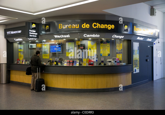 Canvi stock photos canvi stock images alamy - Gatwick airport bureau de change ...