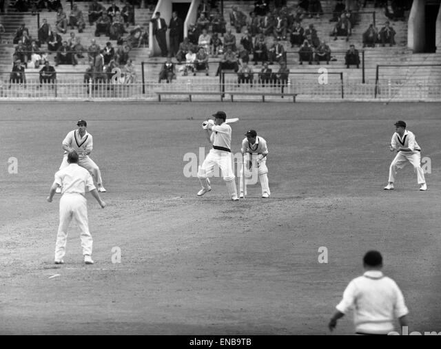 1950s Action Cricket Sport Stock Photos & 1950s Action