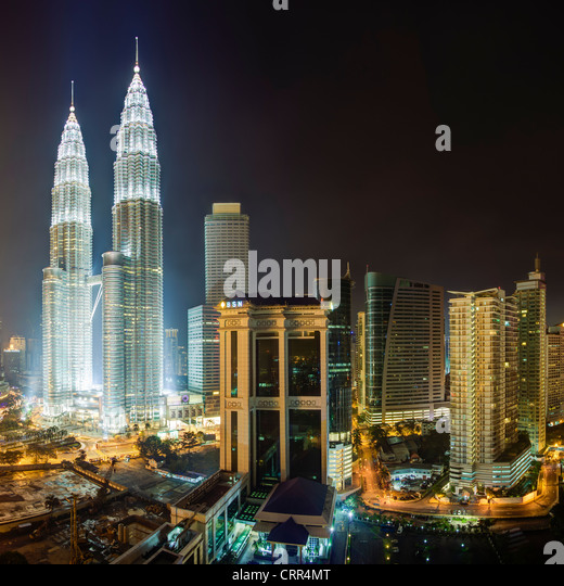 Elevated night view of the Petronas Twin Towers, Kuala Lumpur, Malaysia, Asia - Stock Image