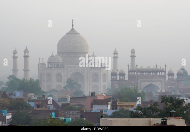 taj mahal, weltberuehmtes mausoleum in agra, indien, india - Stock-Bilder