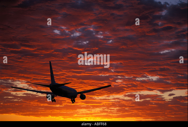 Aircraft landing at Heathrow UK - Stock Image