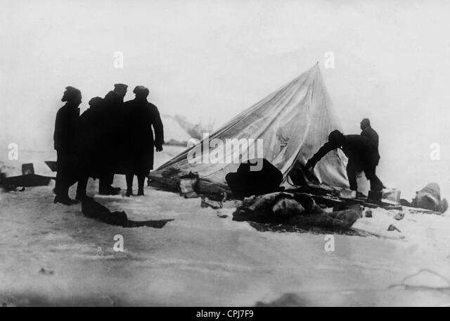 Tent camp after the 'Italia' disaster on Spitsbergen, 1928 - Stock-Bilder
