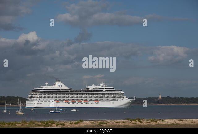 Cruise Ship Marina Stock Photos Amp Cruise Ship Marina Stock Images Alamy