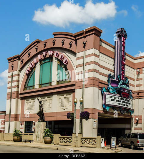 The Hollywood Casino in Aurora, Illinois along the Lincoln Highway. - Stock Image