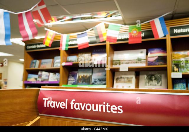 Travel books section, Waterstones bookstore, truro Cornwall UK - Stock-Bilder