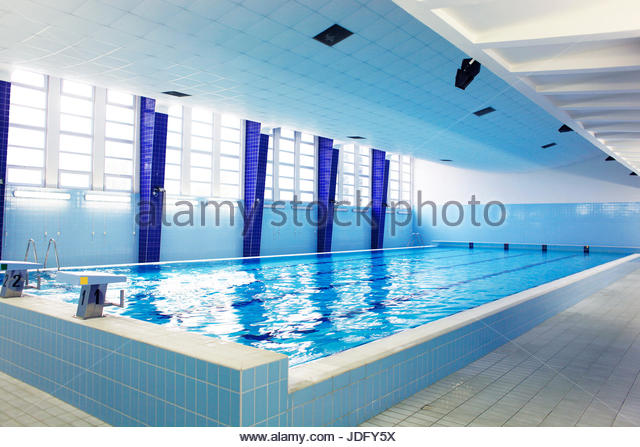 empty competition pool - photo #15