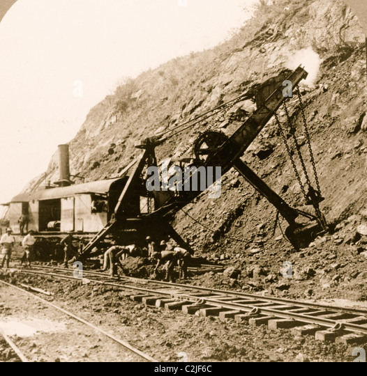 Gold And Silver Mining In Panama Mail: Steam Shovel Stock Photos & Steam Shovel Stock Images