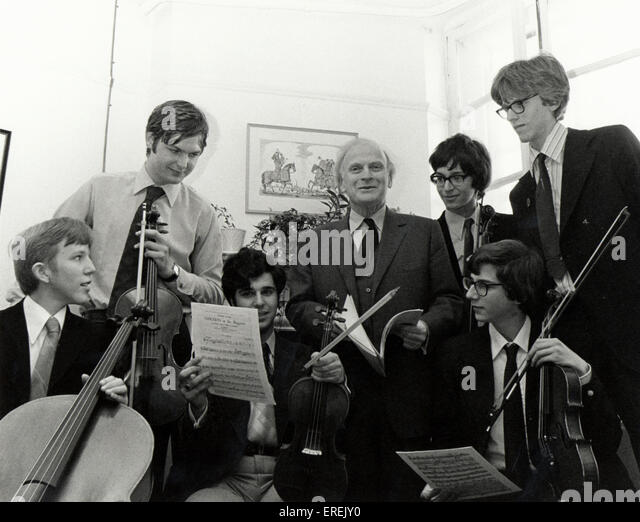 Yehudi Menuhin with students, pupils of the Menuhin School in 1977.  American born British
