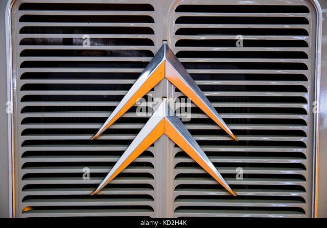 Karmann Logo Stock Photos Amp Karmann Logo Stock Images Alamy