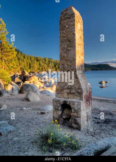 Historic chimney at Chimney Beach. Lake Tahoe, Nevada - Stock Image