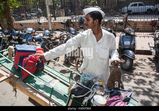 mumbai dabbawalla Website enrols customers, expanding the services of a famous daily operation.