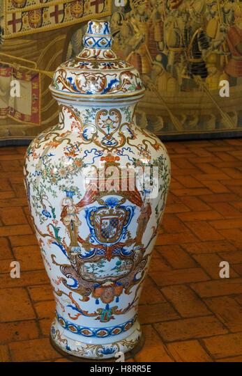 Large Pottery Vase Stock Photos Large Pottery Vase Stock Images Alamy