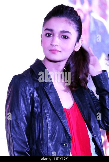 Bollywood actor Alia Bhatt during the promotion of film Dear Zindagi in Gurgaon, India on November 23, 2016. - Stock-Bilder