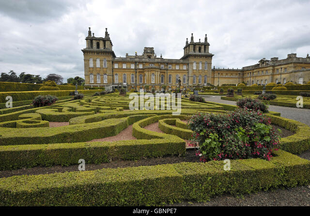 Blenheim2011 stock photos blenheim2011 stock images alamy for Blenheim builders