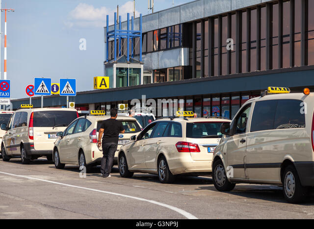 Schoenefeld Airport To Berlin City Centre Taxi