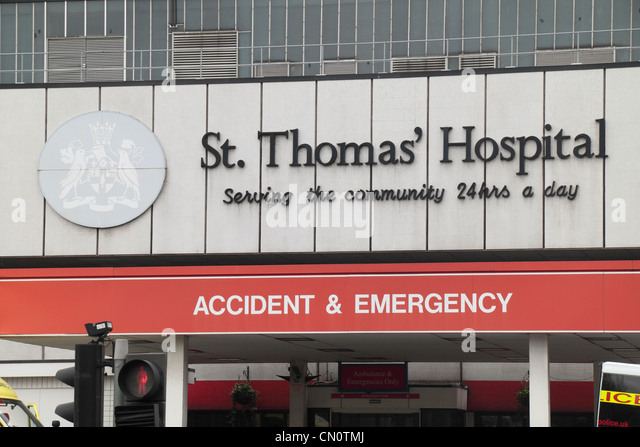 Sign outside the A&E entrance to St Thomas' Hospital, part of Guy's and St Thomas' NHS Foundation - Stock Image