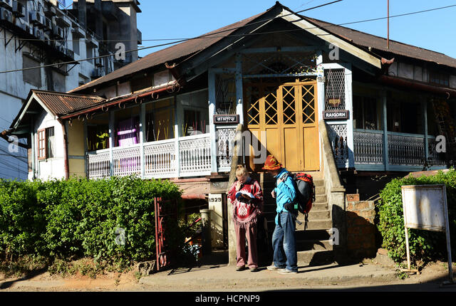 Backpackers in Shillong, India. - Stock Image