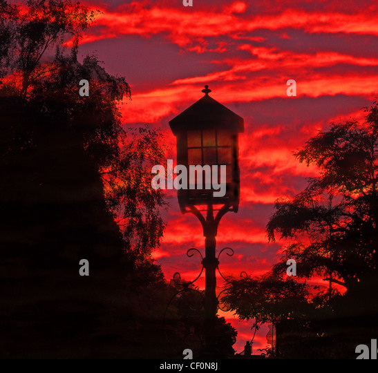 Light at the gate of St Wilfrids Church and historic graveyard, Grappenhall, South Warrington, Cheshire, England, - Stock Image