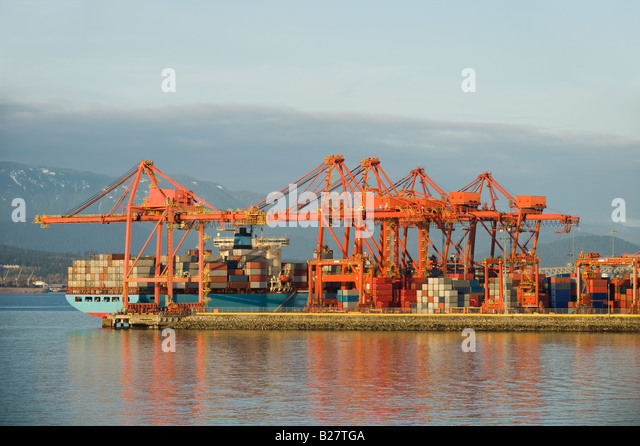 Cargo ship at dock, Vancouver, British Columbia, Canada - Stock Image