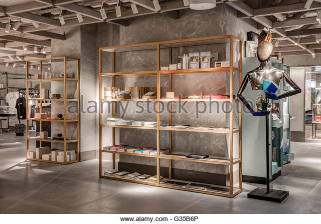 Stationary area. Harvey Nichols Menswear, London, United Kingdom. Architect: Virgile+Partners , 2016. - Stock Image