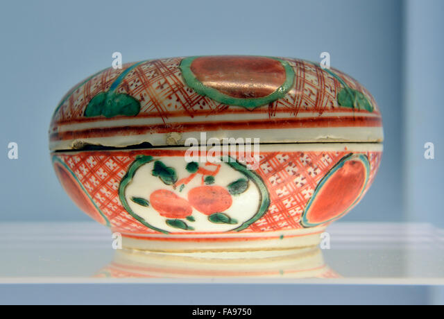 Polychrome Covered Box with Panels and Brocade Patterns for Japanese market. Shanghai Museum. - Stock Image