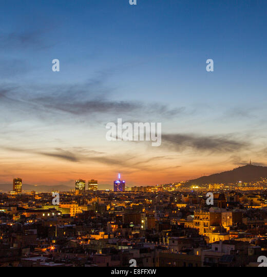 Spain, Catalunya, Barcelona, Cityscape at night - Stock Image