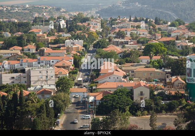Aerial photograph of twon of Zikhron Ya'aqov - Stock Image