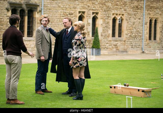 SAM CLAFLIN RORY FLECK-BYRNE JARED HARRIS & ERIN RICHARDS THE QUIET ONES (2014) - Stock Image