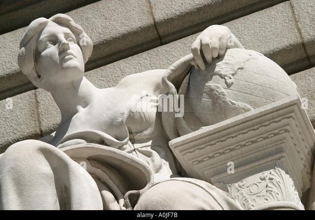 Cleveland Ohio Commerce statue City Hall - Stock Image