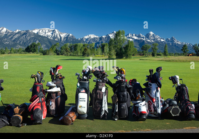 WY00228-00...WYOMING - The Teton range in the background of the Jackson Hole Golf and Tennis Club. - Stock Image