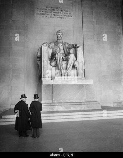 Georges Clemenceau and Jean Jules Jusserand at Lincoln Memorial, Washington DC, USA, December 5, 1922 - Stock Image