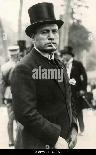 mussolini and the establishment of dictatorship in italy Mussolini becomes absolute dictator (il in italian the acronym this is normally viewed as the formal start of his absolute dictatorship in this mussolini.