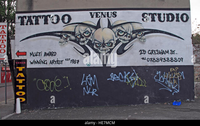 Venus tattoo Studio, Belfast 2b Gresham St,        City Centre, Northern Ireland, UK - Stock Image