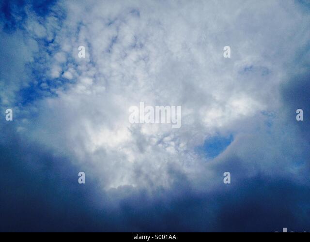 Dramatic blue sky - Stock Image