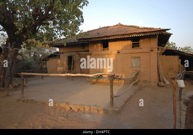 Tribe house india stock photos tribe house india stock for Tribal house