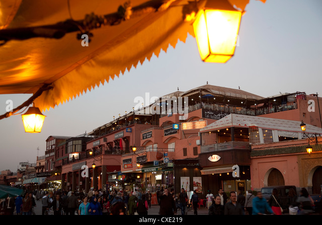 Market stalls at dusk, Place Jemaa El Fna, Marrakesh, Morocco, North Africa, Africa - Stock Image