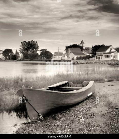 Rowboat on the shore, Phippsburg, Maine, USA - Stock Image