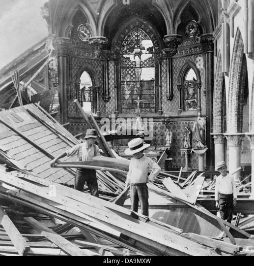 Galveston disaster, interior St. Patrick's church, Texas, 1900 - Stock-Bilder