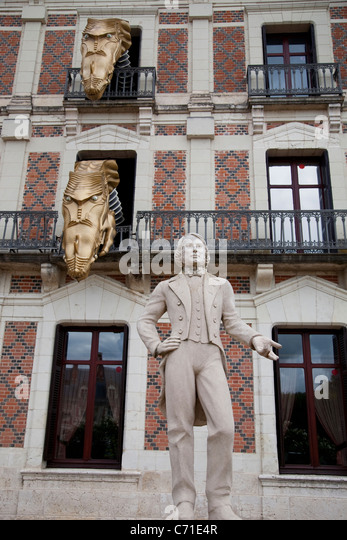 facade chateau du blois blois stock photos facade chateau du blois blois stock images alamy. Black Bedroom Furniture Sets. Home Design Ideas