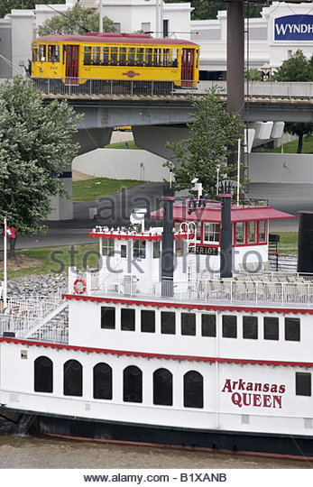 Arkansas North Little Rock Rail Electric Streetcar Arkansas River Arkansas Queen steamboat paddlewheel historic - Stock Image