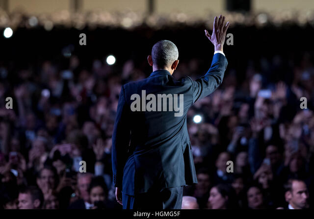 Chicago, USA. 10th Jan, 2017. U.S. President Barack Obama waves to the audience after delivering his farewell address - Stock Image