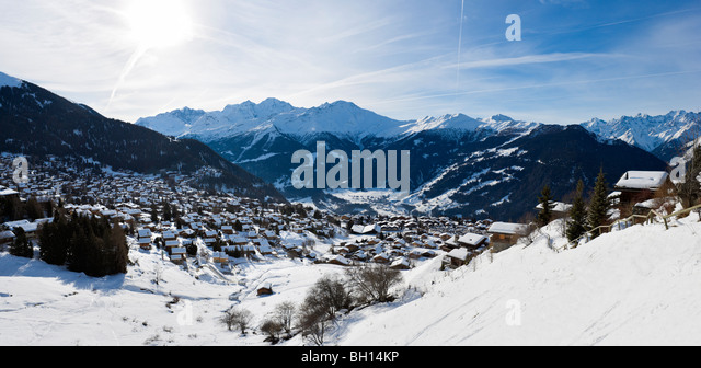 Panoramic view over the resort of Verbier, Valais, Switzerland - Stock-Bilder