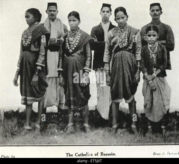 Catholic Community Catholics of Bassein ; Vasai ; Maharashtra ; India - Stock-Bilder