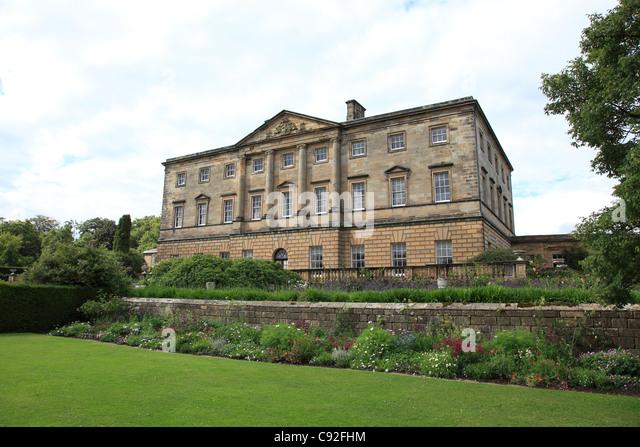 Salt Lamps Castle Court Belfast : 18th Century Mansion Stock Photos & 18th Century Mansion Stock Images - Alamy