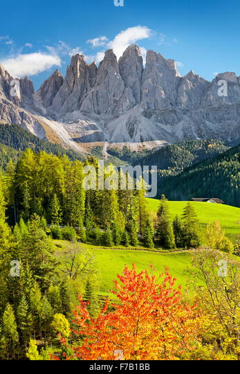 Val Di Funes in autumn colour, Tyrol, Dolomites Mountains, Alps, Italy - Stock-Bilder