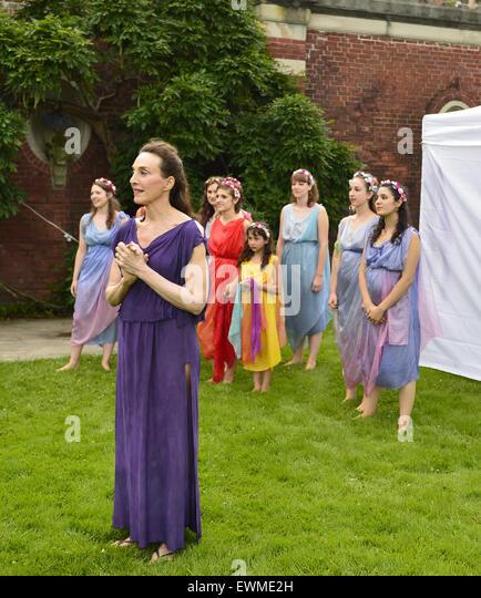 What Movie Was Filmed At Westbury Gardens: Isadora Duncan Stock Photos & Isadora Duncan Stock Images