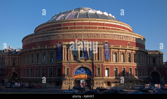 Royal albert hall blue sky stock photos royal albert for Door 8 royal albert hall